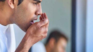 بوی بد دهان، علل ایجاد و راه های درمان آن